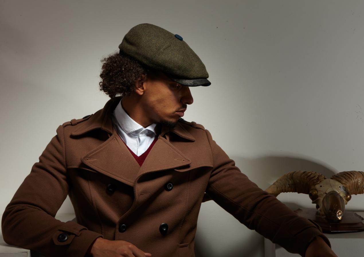 Dasmarca Charlie flat cap in Olive - model